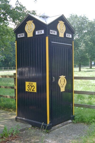 AA Telephone Box on A556, Cheshire. IoE 58578