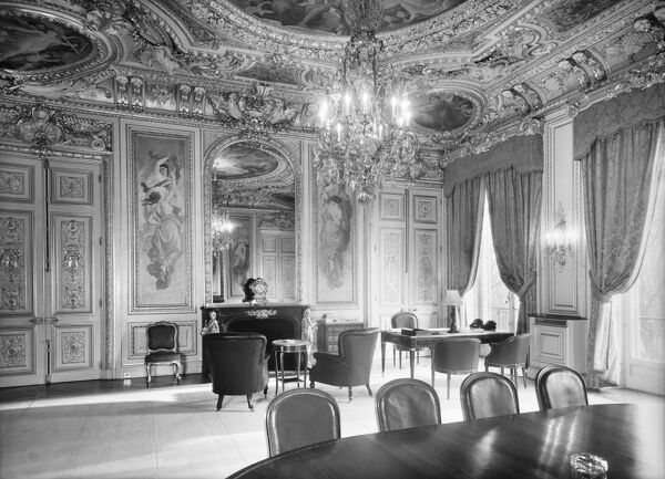 British Embassy (Hotel De Charost), 39-39 Rue De Fauborg Saint Honore, Paris, France. Interior of the Ambassador's office, 1952. Photographed for the Ministry of Works