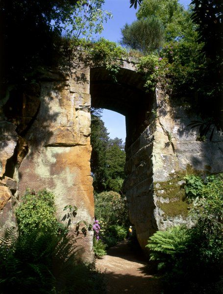 BELSAY HALL, CASTLE & GARDENS, Northumberland. The Great Arch in the Quarry Garden