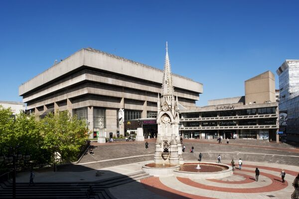 Birmingham Central Library, Chamberlain Square, Birmingham, West Midlands. General view of library, from the north pediment of the Town Hall. Brutalist architecture designed by John Madin