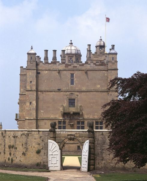 BOLSOVER CASTLE, Derbyshire. View of the South front of the Little Castle and the entrance to the Fountain Garden from the Great Court