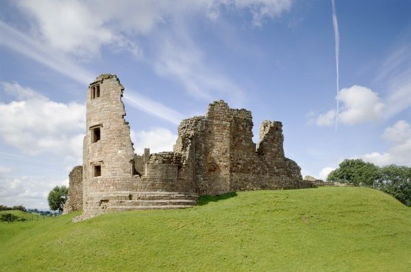 BROUGH CASTLE, Cumbria. Clifford's Tower and the remains of the east curtain wall