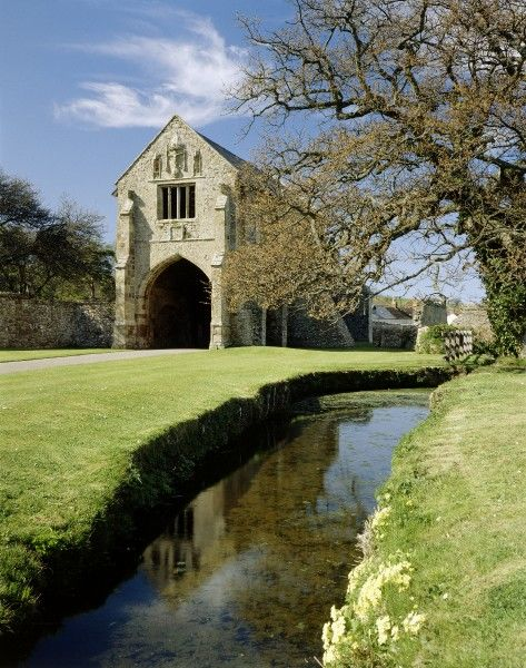 CLEEVE ABBEY, Somerset. The Gatehouse