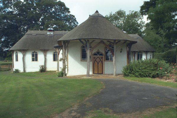 One of only two thatched chapels in Bedfordshire. IoE 36545