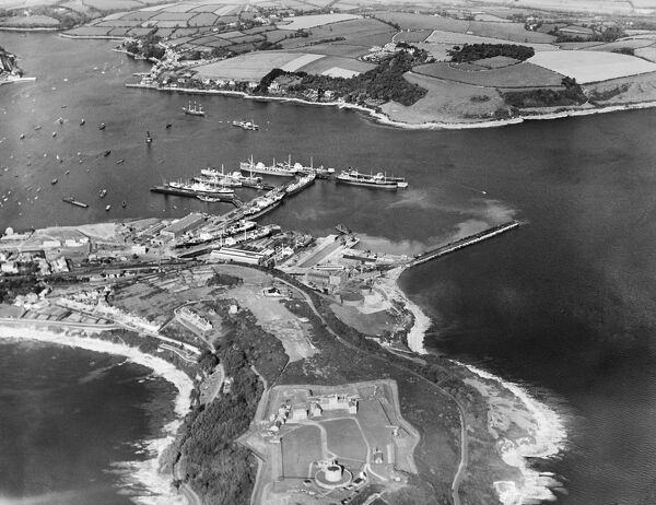 FALMOUTH, Cornwall. Aerial view of Pendennis Castle, Falmouth Harbour and the Falmouth Roads. Photographed in 1937. Aerofilms Collection (see Links)