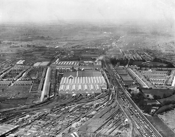 GREAT WESTERN RAILWAY WORKS, Swindon. Aerial view photographed May 1920. Aerofilms Collection (see Links)
