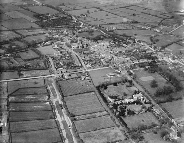 St Augustine's Church and the Town Centre, Hedon, East Yorkshire. Aerial photograph taken by Aerofilms in May 1925