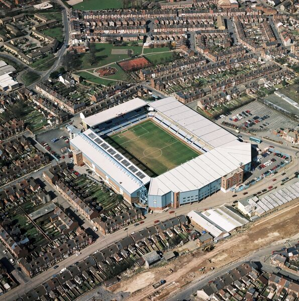 HIGHFIELD ROAD, Coventry. Aerial view of the former home of Coventry City Football Club photographed in 1995. The Sky Blues moved to the Ricoh Arena in 2005. Aerofilms Collection (see Links)