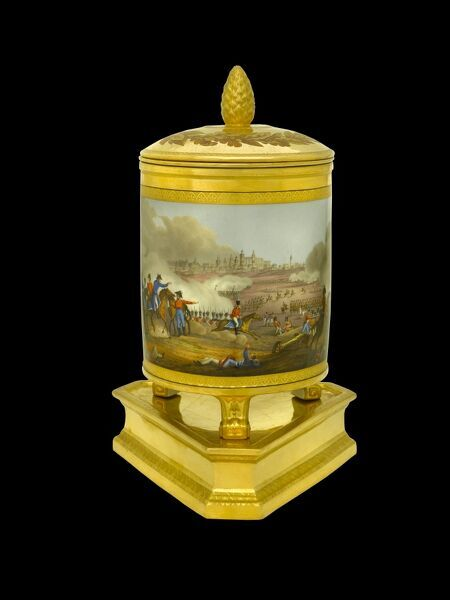 APSLEY HOUSE, London. Ice pail from the Duke of Wellington's Prussian Service, made in Berlin 1817-19. This was a gift to the Duke from the King of Prussia, and depict the battles he won during his military career. Here shown is the Battle of Salamanca