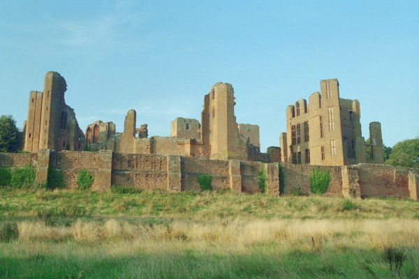 Listed at grade I, Kenilworth is the largest castle ruin in England. IoE 307721