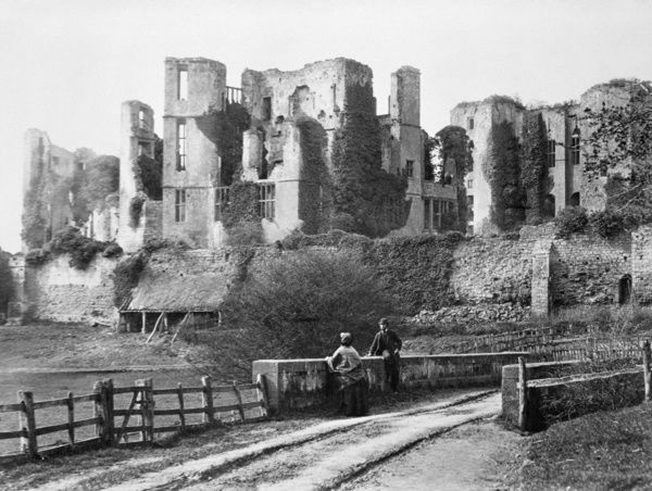 KENILWORTH CASTLE, Warwickshire. Victorian visitors c. 1870. View looking North West towards Leicester's Building and the Keep