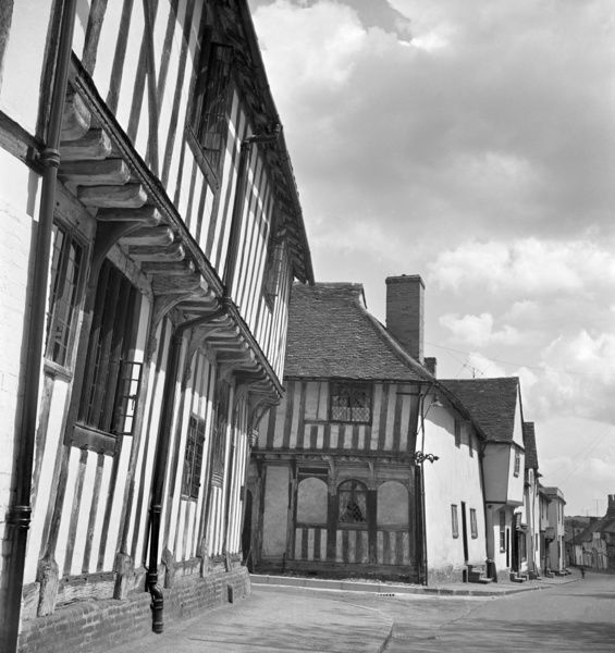 LAVENHAM, Suffolk. Timber framed buildings. Corner of Lady Street and Water Street. Photographed by John Gay
