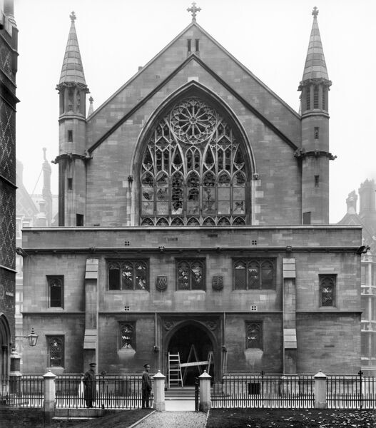 LINCOLNS INN CHAPEL, Holborn, London. The west front showing bomb damage to the windows from a German Zeppelin. Photographed shortly after the bomb fell on 13th October 1915