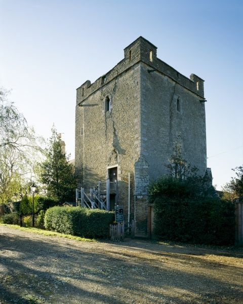 LONGTHORPE TOWER, Cambridgeshire. Exterior view