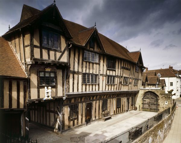 LORD LEYCESTER HOSPITAL, High Street, Warwick, Warwickshire. Exterior view of the timber framed building from the South West looking towards the gate