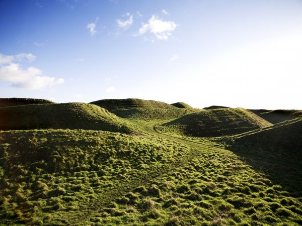 MAIDEN CASTLE, Dorset. General view of the iron age hillfort showing the west gate