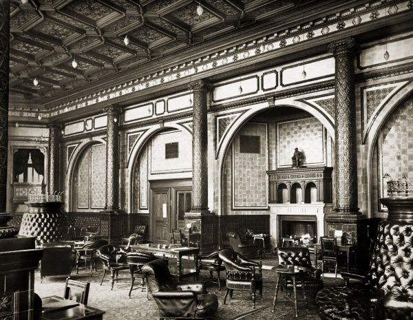 NATIONAL LIBERAL CLUB, Whitehall Place, Westminster, London. Interior view of the Smoking Room. The National Liberal Club was built in 1884-1887 to designs by the architect Alfred Waterhouse. The image is one of a set commissioned by the club