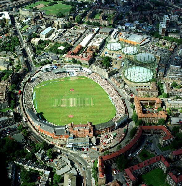 THE OVAL, Kennington, London. Aerial view of the cricket ground. England versus Australia, The Ashes. The final afternoon of the 5th Test Match, 2001