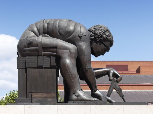 The Britiish Library, 98 Euston Road, London. Eduado Paolozzi sculpture, Newton After Blake in the courtyard of the British Library. Photographed by James O. Davies, 2015