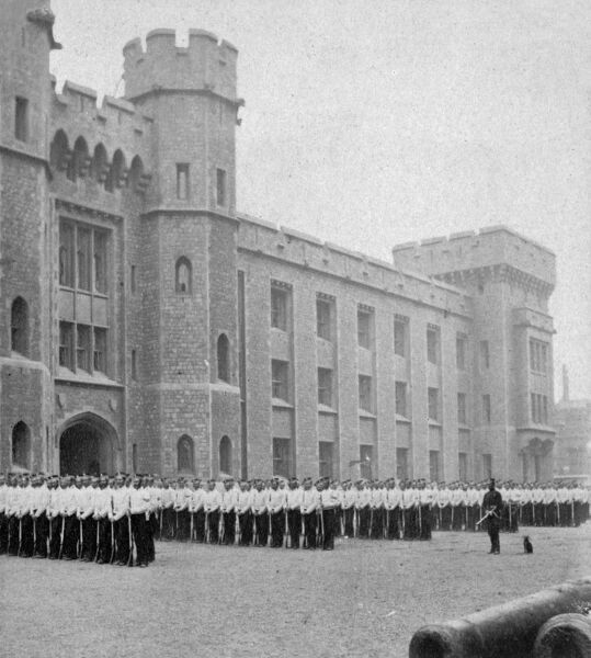 parade ground tower of london 1868 bb83 04749