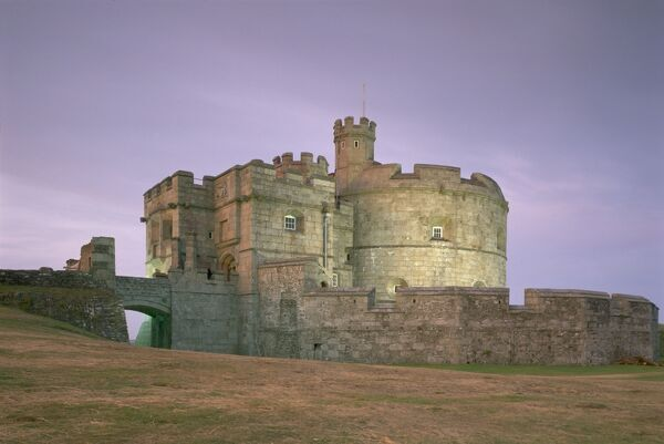 PENDENNIS CASTLE, Falmouth, Cornwall. The castle in late evening