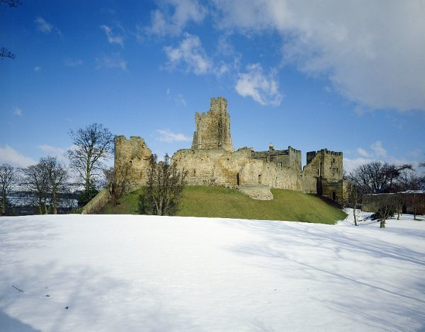 PRUDHOE CASTLE, Northumberland. General exterior view. Snow scene