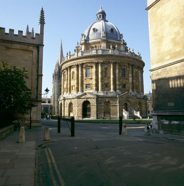 RADCLIFFE CAMERA, Oxford. Exterior view of the building