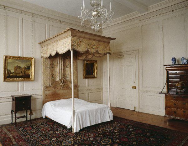 RANGERS HOUSE, London. Interior view of the Chintz Room with Angel Bed, 1710