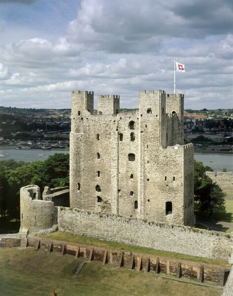 ROCHESTER CASTLE, Kent. View of the castle keep from the top of the cathedral