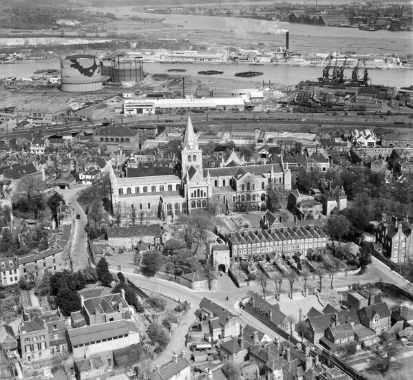 ROCHESTER CATHEDRAL and the River Medway, Kent. Aerial photograph taken in April 1947 showing the gasworks and docks next to Limehouse Reach on the Medway. Aerofilms Collection (see Links)