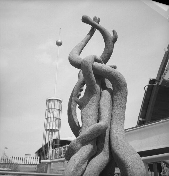 Festival of Britain 1951, Lambeth, London. Mitzi Solomon Cunliffe's sculpture 'Root Bodied Forth' exhibited on the South Bank Exhibition site. Photographed by M W Parry