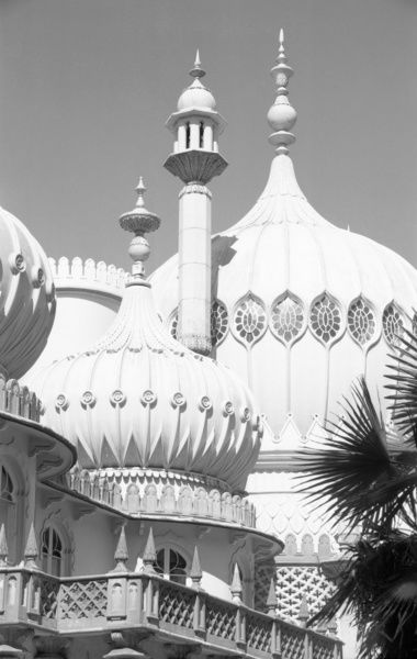 ROYAL PAVILION, Brighton, East Sussex. A view of the Royal Pavilion, Brighton, showing domes