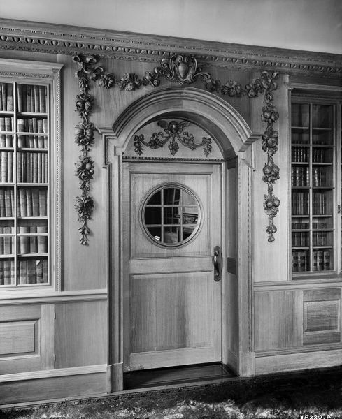 SESSIONS HOUSE, Lancaster Road, Preston, Lancashire. Interior detail of a doorway in the barristers' library at the County Sessions House. The court house was built between 1900 and 1903 to the designs of Henry Littler, the County architect