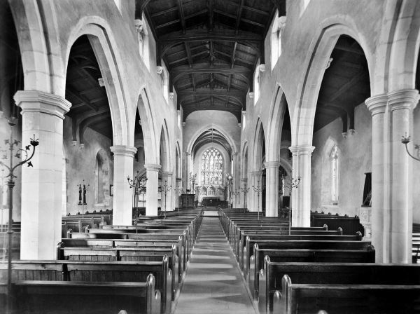 ST MARYS CHURCH, Amersham, Buckinghamshire. The interior of the church, originally dating to the 13th century, looking east down the aisled nave towards the chancel. Photographed by Henry Taunt (active 1860-1922)
