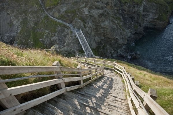 TINTAGEL CASTLE, Cornwall. Steps leading down to the bridge
