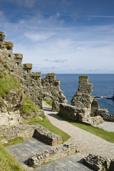 TINTAGEL CASTLE, Cornwall. The Island Courtyard