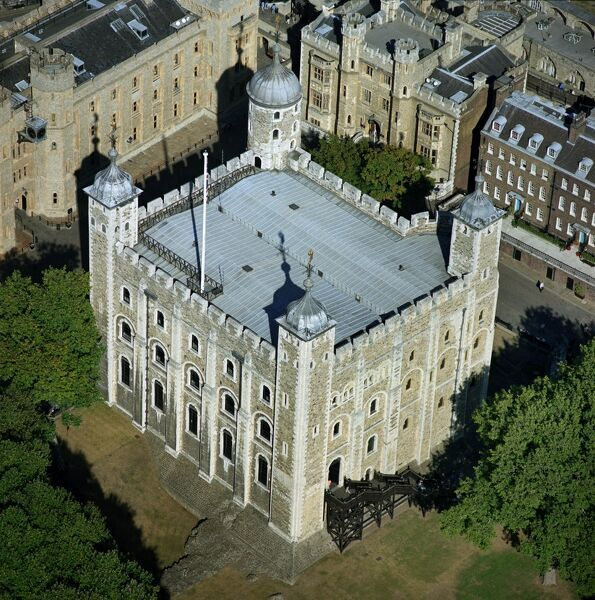 TOWER OF LONDON, London. Aerial view of the White Tower. Building work began c.1075. William the Conqueror put Gundulf, the new Bishop of Rochester, in charge of building work
