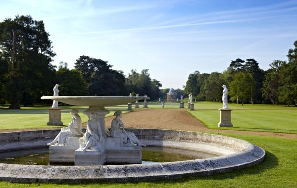 WREST PARK HOUSE AND GARDENS, Bedfordshire. View of the Marble Fountain looking towards Long Water and the Pavilion