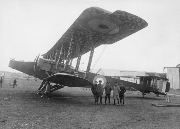 Handley Page O/100 night bomber of 216 Squadron. This squadron was part of VIII Brigade, later known as Independent Force