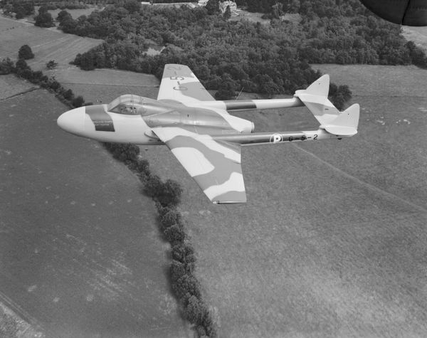 de Havilland Vampire NF.10 prototype (G-5-2) in flight, September 1950