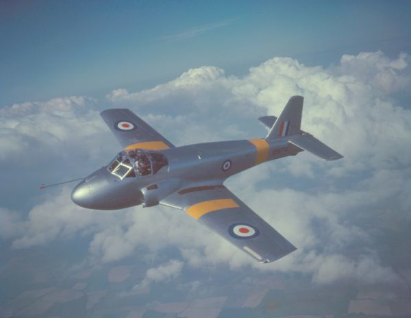 Hunting Percival Jet Provost T.1 prototype (XD674) in flight near Luton 25 August 1954