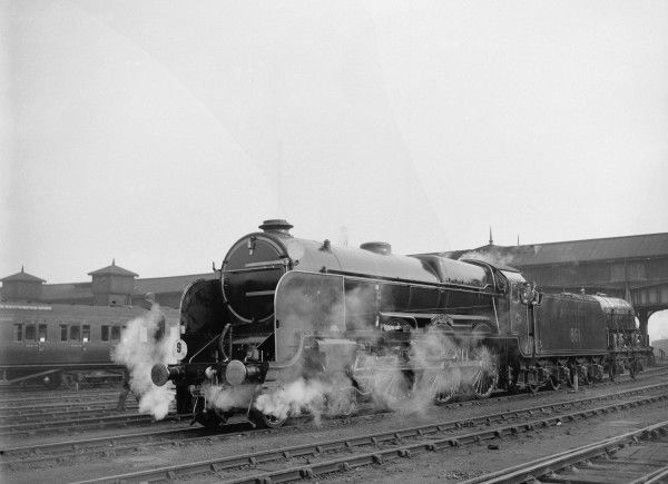 Southern Railway Lord Nelson Class 4-6-0 locomotive 851 Lord Anson