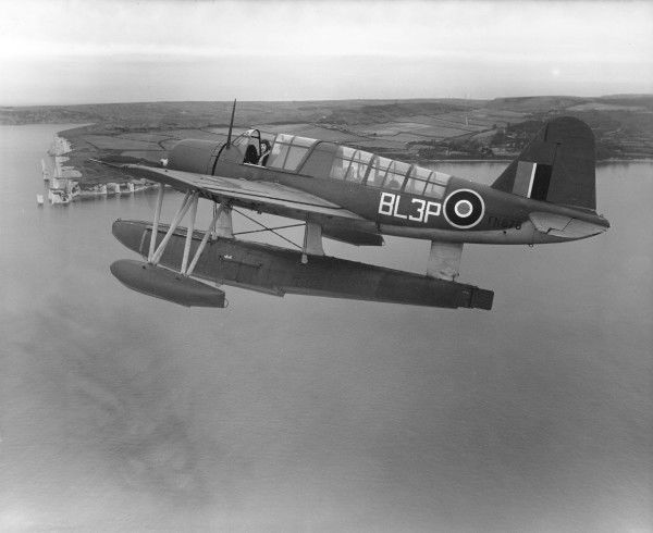 Vought Sikorsky Kingfisher I (FN678) of 765 Squadron in flight 1943
