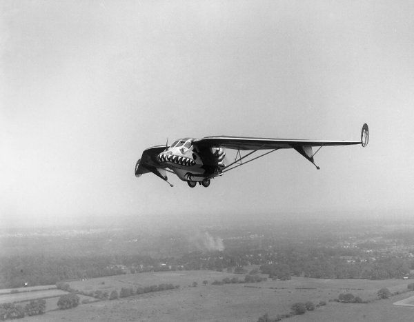 Westland Pterodactyl IV (K1947) flying to Andover, painted with dragon markings for RAF Display, June 1932