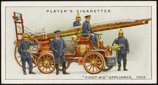 A combination fire-fighting engine, with chemical fire extinguishing apparatus and a fire-escape ladder. This model was the first petrol motor fire-engine in the world