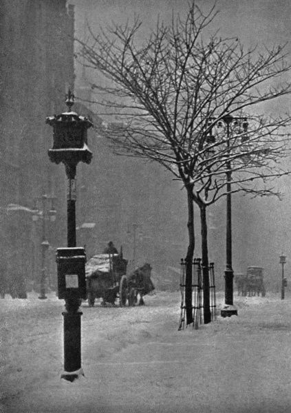 A snowy morning in Fifth Avenue Date: 1903