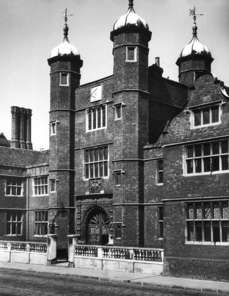 Abbots Hospital, Guildford, Surrey, England, was founded in 1619, as a home for old people. It was a gift from Archbishop Abbot to his home town. Date: 17th century