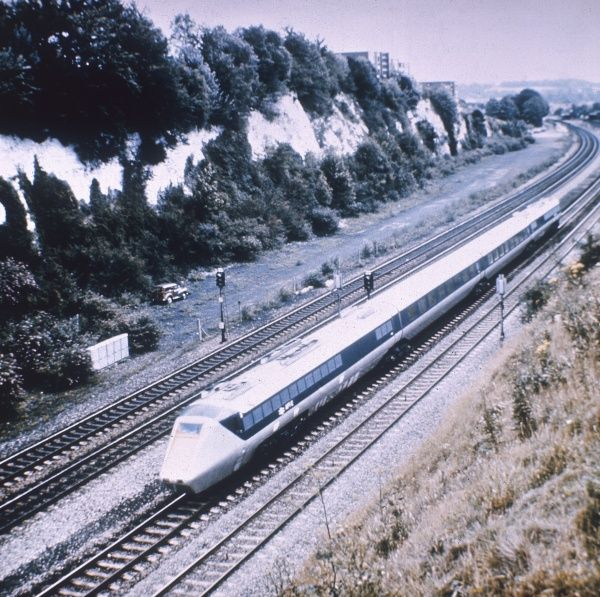 The Advanced Passenger Train, photographed during its testing trials, Britain. Date: 1977