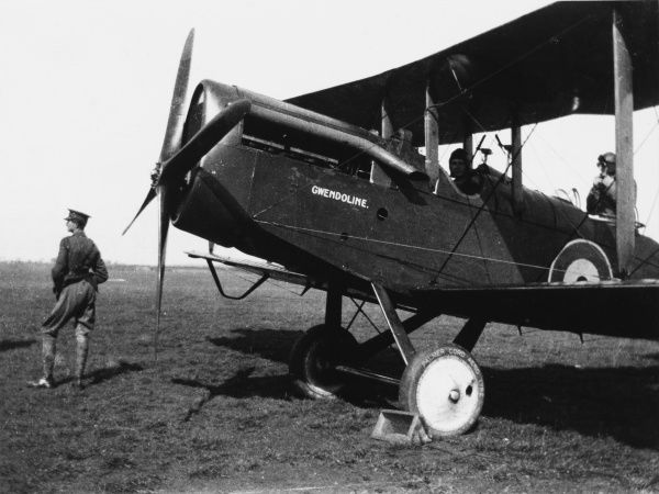 'Gwendoline', an Airco DH-4 bomber, a plane specifically designed for daylight air raids. It first came into service in 1917. Date: circa 1917