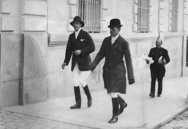 King Alfonso XIII of Spain with one of his wife's three brothers, on the way to play at his private polo ground
